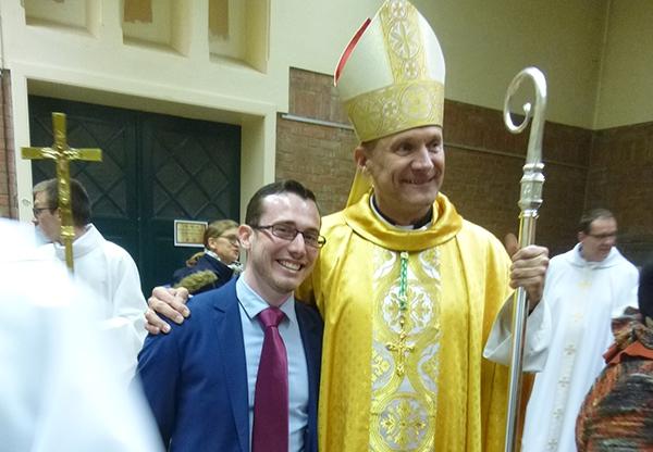 Mgr Touvet et Gaetant Amiet. Photo : Marc Hémar